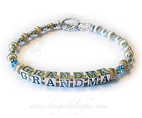 Enter: Mar - GRANDMA - MarShown with one of my free twisted toggle clasps.