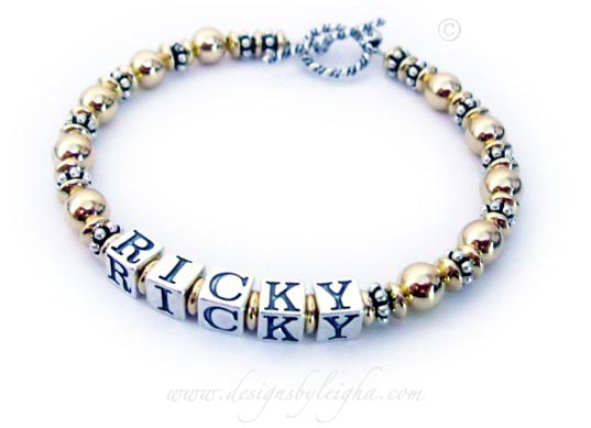DBL-G5 - 1 string bracelet with 1 name. Enter: RICKY They chose one of my beautiful and free Twisted Toggle clasps.
