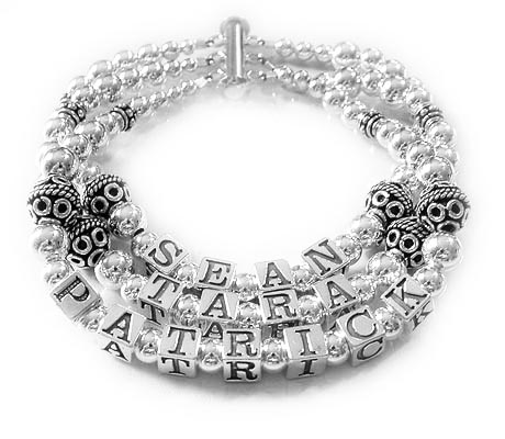 3string Mothers bracelet with 3 names and a 3 string slide clasp