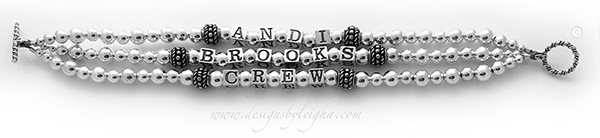 DBL-SS2-3String Bracelet  This is a 3 string Mother's Bracelet with 3 names (no crystals) and a Twisted Toggle Clasp.  Andi, Brooks and Crew